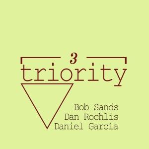 Logo Triority nombres