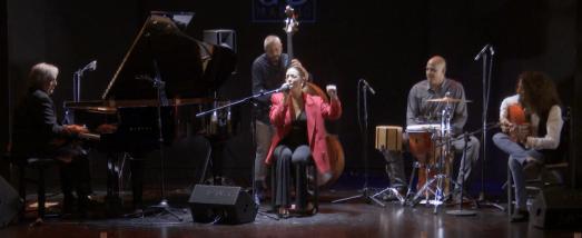Directo Sandra Carrasco y Pedro Ojesto con Flamenco Jazz Company
